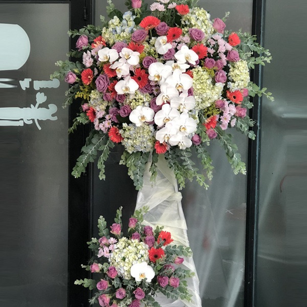 mừng khai trương tặng hoa gì