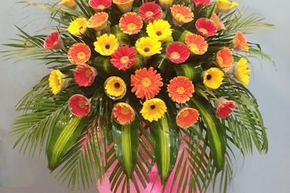 Chúc mừng khai trương nên tặng hoa gì giúp kinh doanh thuần buồm xuôi gió