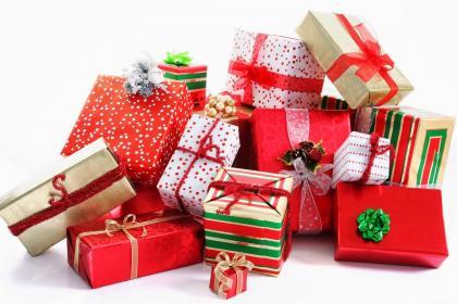 Top 5 món quà tặng đầy tháng cho bé trai ý nghĩa