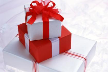 CÁCH LÀM QUÀ TẶNG BẠN TRAI: 7 ý tưởng quà tặng sinh nhật cho chàng