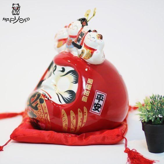 Chú mèo thần tài Daruma tới từ nền văn hóa Nhật Bản