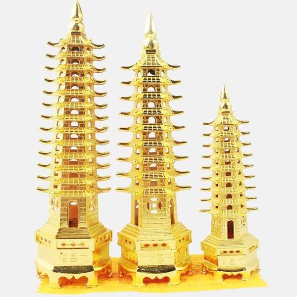 tháp tượng trưng cho sức mạnh vô biên