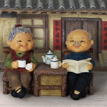 Tượng ông bà uống trà VT71