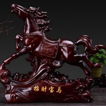 Ngựa phong thủy bằng gỗ k10