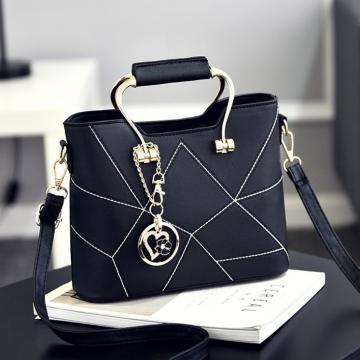 Túi xách nữ màu đen TX3134