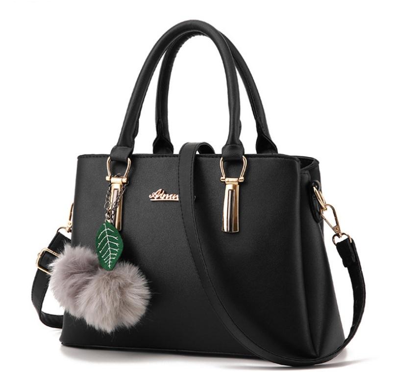 Túi xách nữ màu đen TX3832