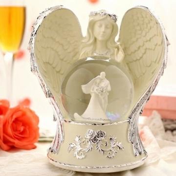 Hộp nhạc thiên thần cô dâu chú rể 60246
