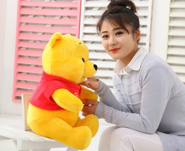 Gấu Pooh dễ thương gắn liền với tuổi thơ của trẻ em trên khắp thế giới