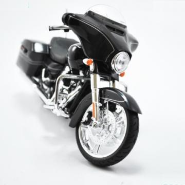 Mô hình Harley Davidson 2014 Street Glide Special đen 1:12
