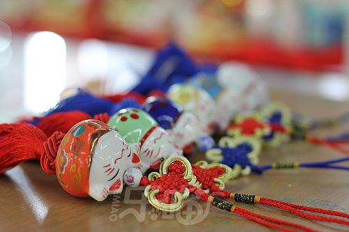 meo-than-tai-treo-xe-oto-35608-7